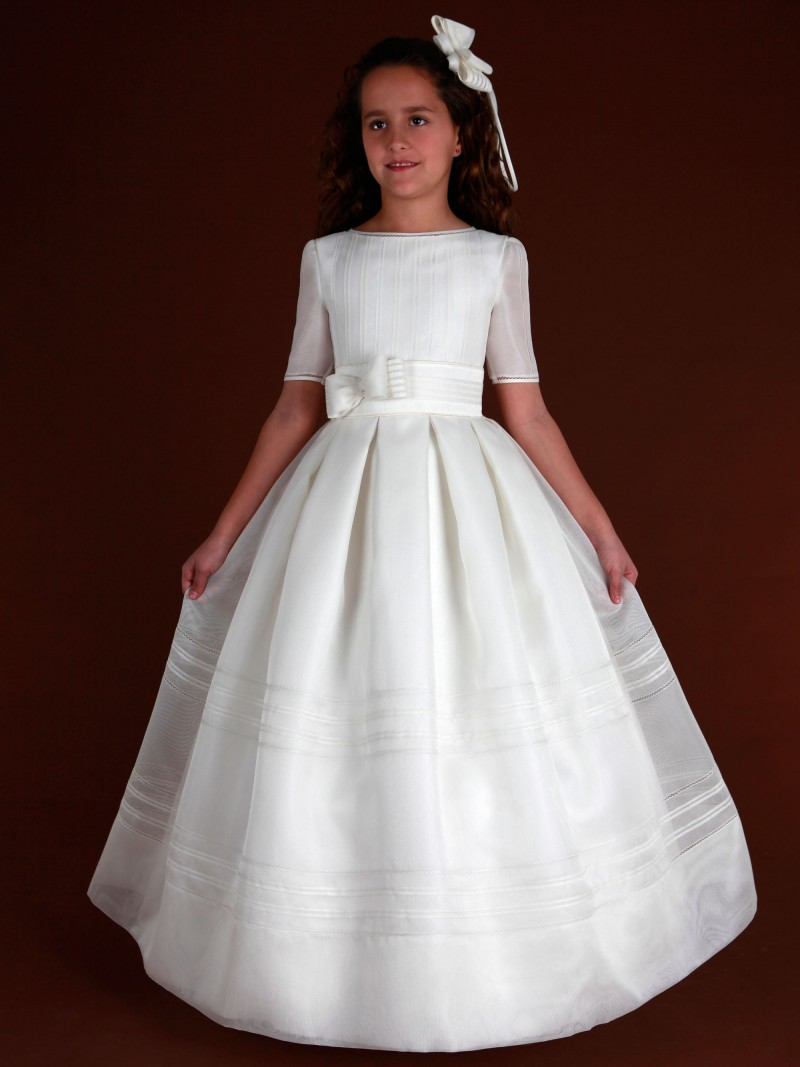 13c00e46120 ... D183 Spanish Holy Communion Gown ...