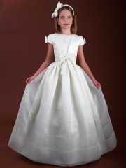 E158 Spanish Holy Communion Gown