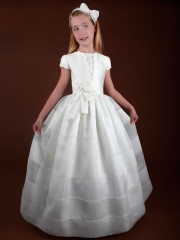 E181 Spanish Holy Communion Gown