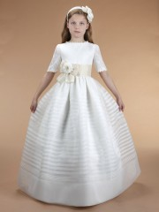 F135 Spanish Holy Communion Gown