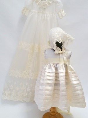 christening-baptism-gown-girl-heirloom-lace-sydney-silk-bespoke-little-dream (4)