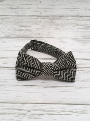 bow-ties-black-white-winter-foxy-fellows