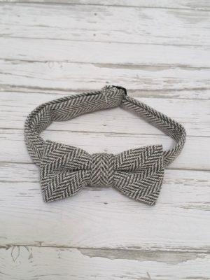 bow-ties-light-grey-winter-foxy-fellows