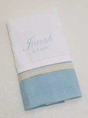 christening-towel-name-embrodery (2)