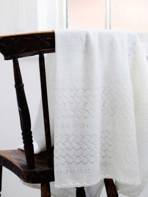 baby-archie-shawl-england-ghhurt-little-dream-leichhardt (4)
