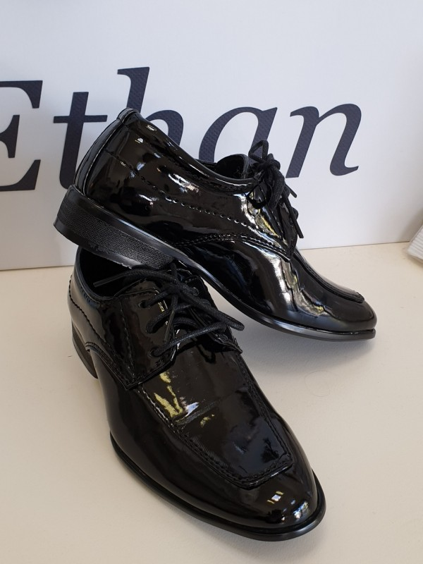 boys-patent-shoes-shiny