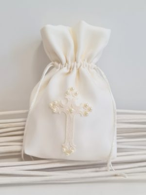 holy-communion-bag-ivory-cross-pearls-little-dream